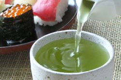 What's the type of green tea served at Japanese sushi bars?