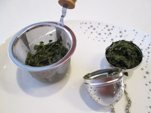 brewed sencha tea leaves
