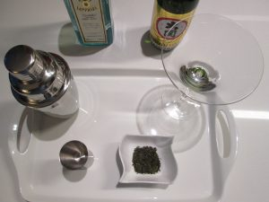 How to make a sencha saketini