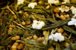 5 Reasons to Drink Genmaicha Daily