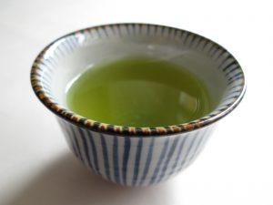 Sugimoto America Fukamushicha brewed