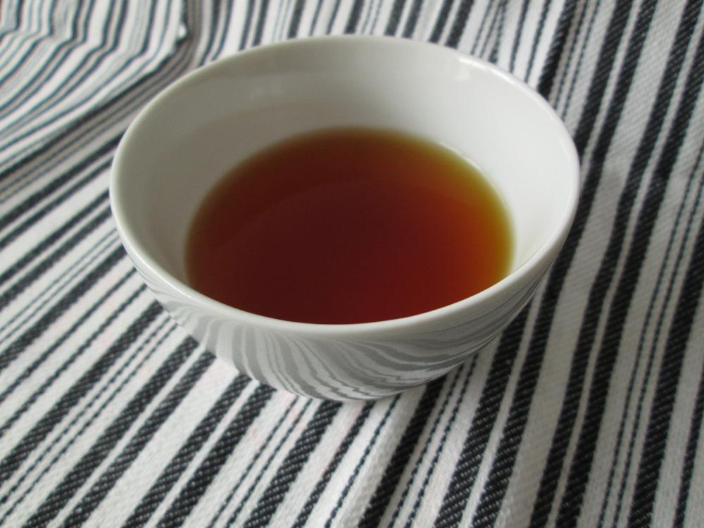 Kurihara Oku Yame black tea brewed